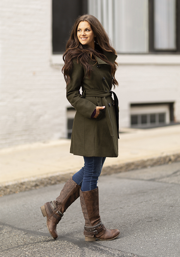 fall girl in brown boots