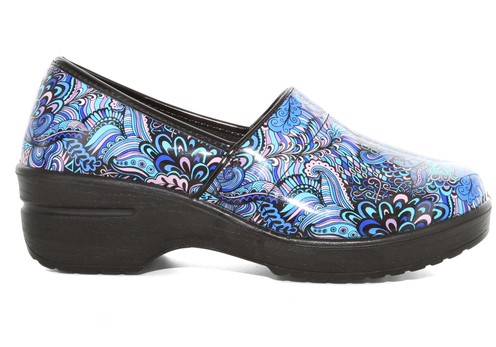 Womens Easy Works By Easy Street Lyndee Blue Pop Patent