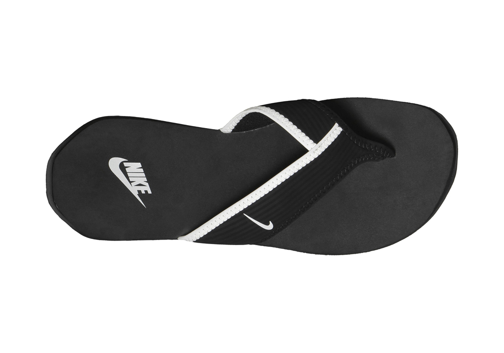8809a0ee32e40b Womens Nike Celso Thong Plus Black in Black
