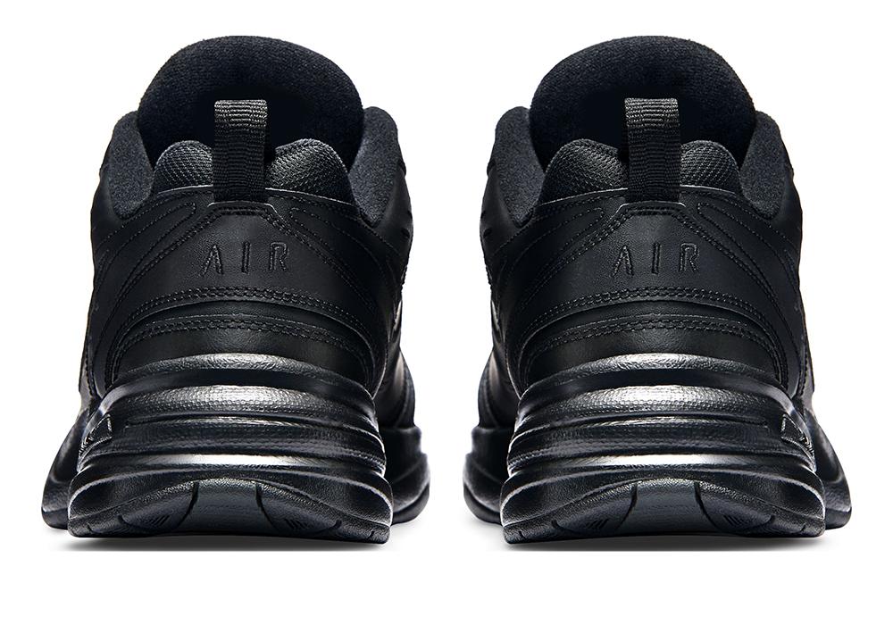 Mens Nike Air Monarch IV Trainer 4E Black in Black