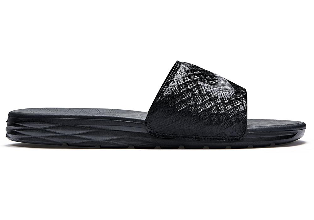 864798f68206 Nike Benassi Solarsoft Slide Sandal Mens