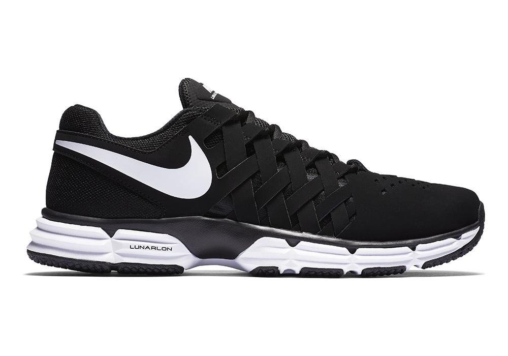 Mens Nike Lunar Fingertrap TR Trainer Black/White in Black