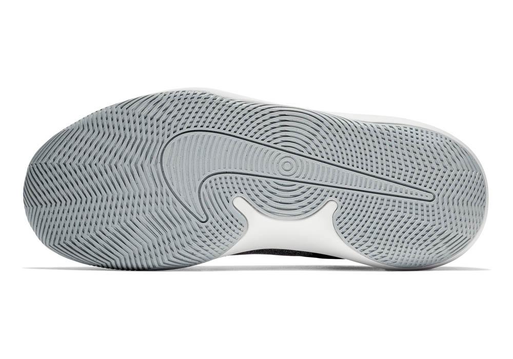 Mens Nike Air Precision II 4E Mid
