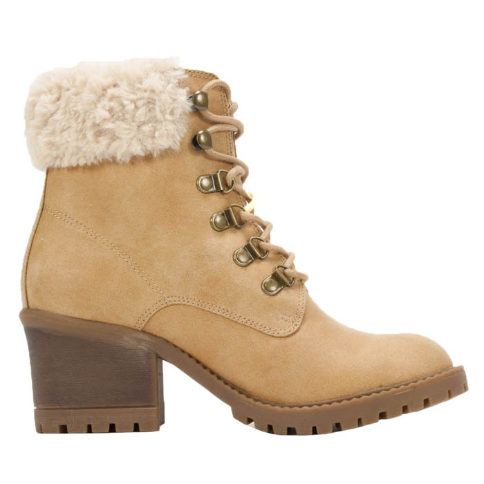 Womens Cliffs By White Mountain Trident Boot Wheat