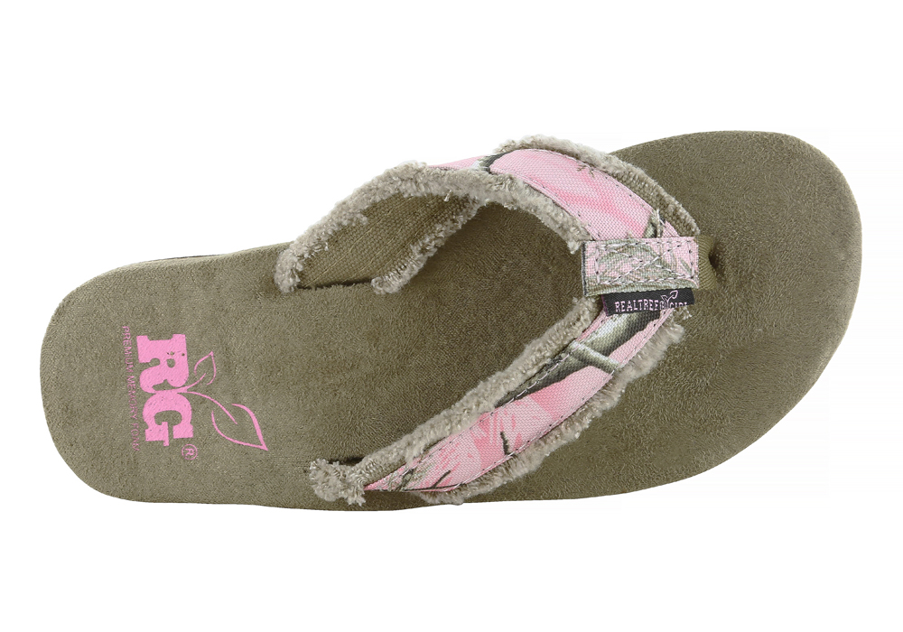 58b5618770434d ... Womens Realtree Girl Bliss Thong Pink Camouflage in Pink realtree pink  camo shoes Pink Camo Sandals ...