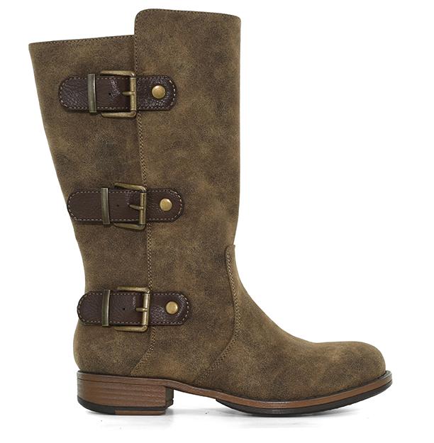 Womebs Mud Dress Shoes Size  W