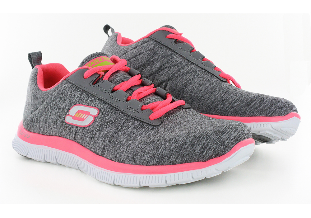 This review is fromWomen's Flex Appeal Limited Edition Running Shoe