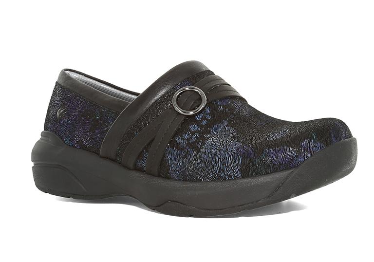 Nurse Mates Size  Black Shoe