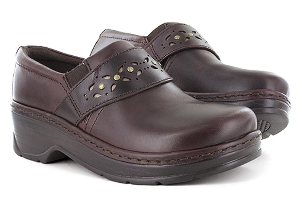 Mahogany Womens Shoes