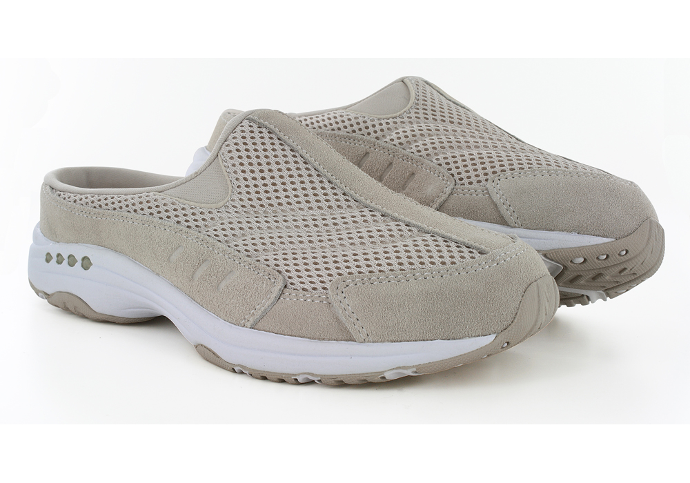 Womens Easy Spirit Traveltime Slip On Natural in Off White ca3f1b9e3816